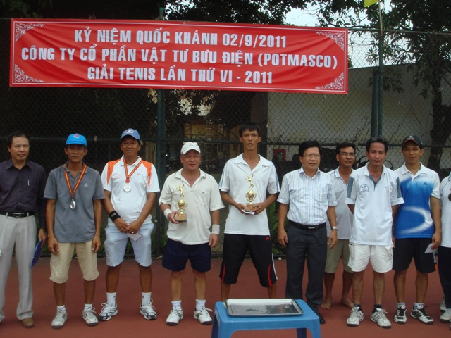 HINH TENNIS 5(1)